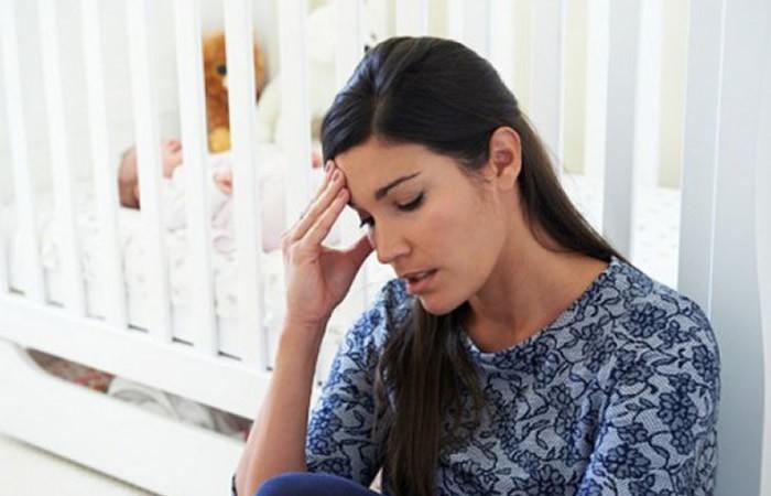 pourquoi mon bébé pleure tout le temps comment le calmer